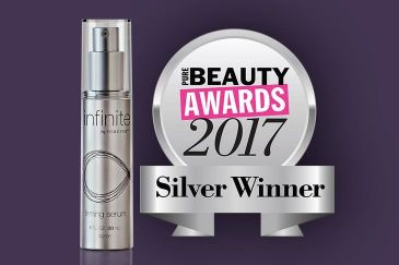 BEAUTY AWARD 2017 FÜR INFINITE BY FOREVER™ FIRMING SERUM!